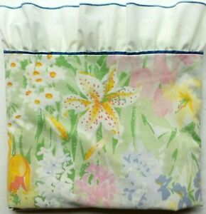 Vtg-Pacific-Miracale-Spring-Flower-Power-Double-Bed-Sheet-Ruffled-Bright-Country