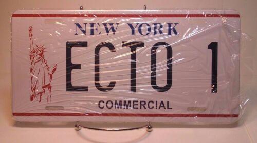 SDCC GHOSTBUSTER II LICENSE PLATE REPLICA 2009 DIAMOND SELECT NY ECTO 1
