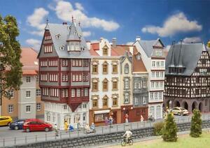 Faller-190063-H0-Aktions-Set-Altstadthauser