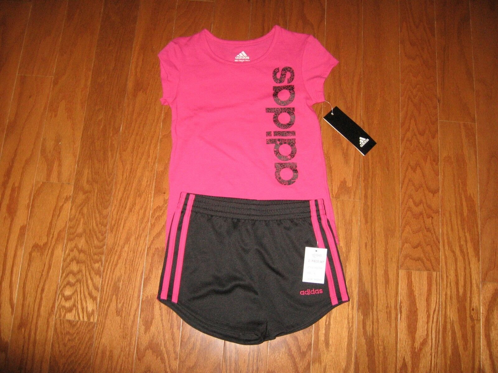 Adidas 2 Pc Outfit Set Tee Shirt /&Dri Fit Shorts Girls 2T//3T//4T//4//5//6//6X NWT $48