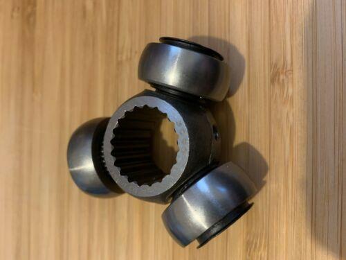 FIAT X19 X1//9 1300 Drive Shaft Inboard Tripod Spider Bearing 4247393