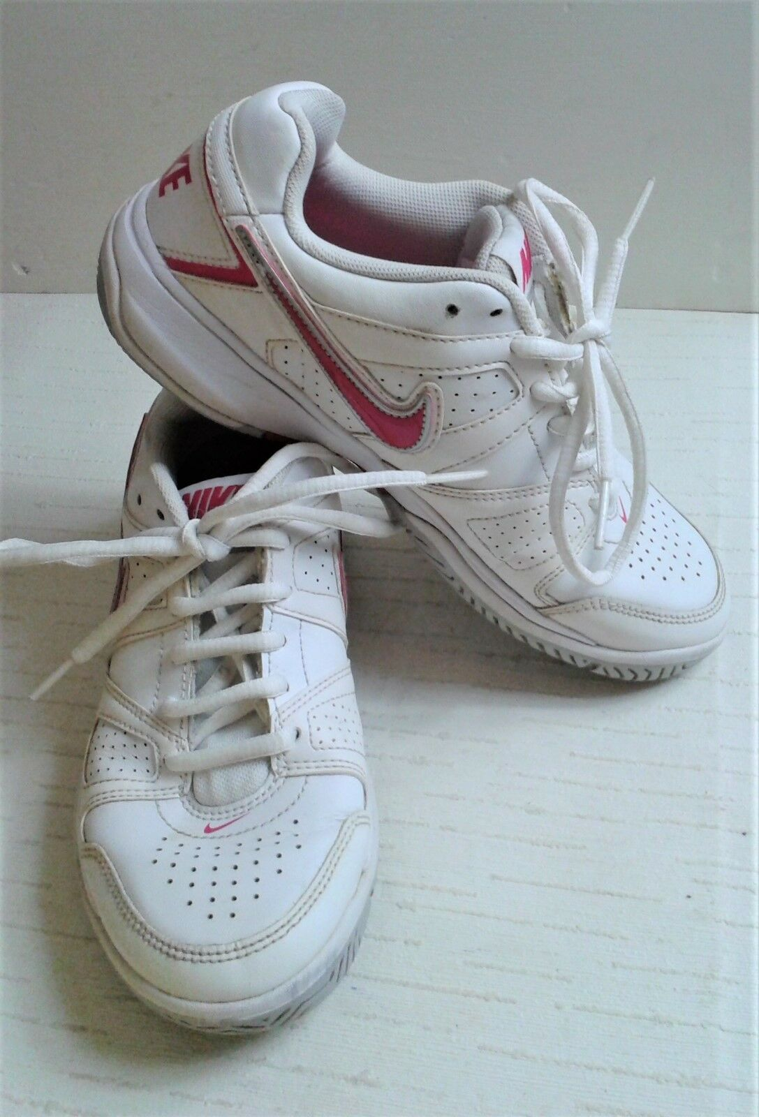 Nike City Court Ladies Trainers Pink Trim. Excellent Condition. 6 images Special limited time