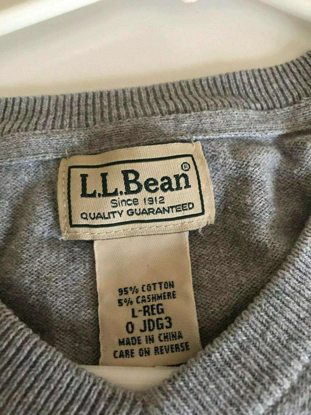 LL BEAN V NECK SWEATER GRAY SIZE LARGE - image 3