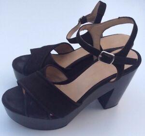 b04fb6738e45 Zara Basics Spring Summer Women s black ankle strap chunky heel ...
