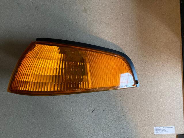 Drivers Corner Light for 93-96 Ford Escort