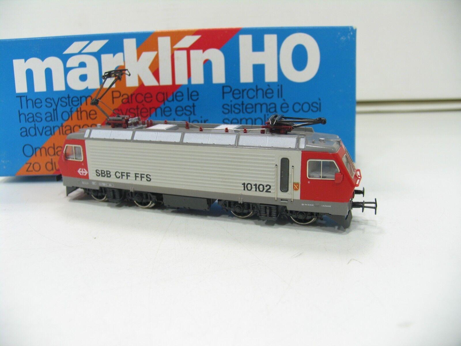MÄRKLIN 3323 E-LOK SERIE  Re 4 4 red grey der SBB     WM683