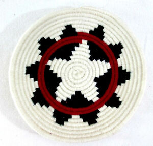 Hand-Woven-Coil-Basket-Bowl-Tray-Yarn-Black-Hearts-with-Red-Stripe-7-25-diam