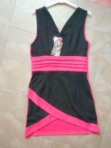 schickes-aermelloses-Stetch-Kleid-pink-und-schwarz-fuer-Maedchen-Gr-110-116-122
