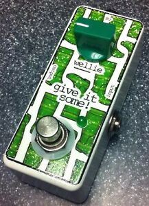 Give-It-Some-Wellie-Clean-Guitar-Boost-Pedal