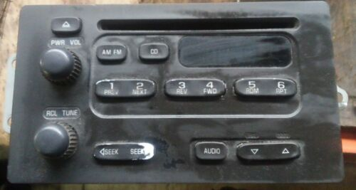 5830 GM radio cd player 93801884 ***parts only***