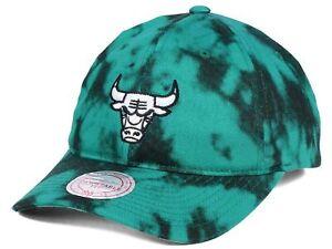 Chicago Bulls NBA Mitchell   Ness Multicolor Acid Wash Strapback Dad ... 7d6dd98f77f1