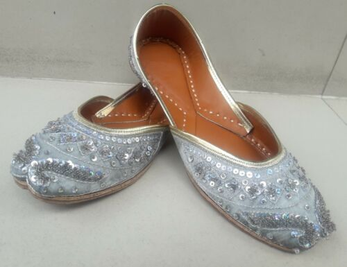 Gray Traditional punjabi jutti khussa shoes indian shoes wedding shoes Mojari