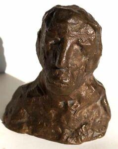 Moderne-Bronze-Skulptur-Massiv-ca-880g-signiert-mit-WiLi-xxx