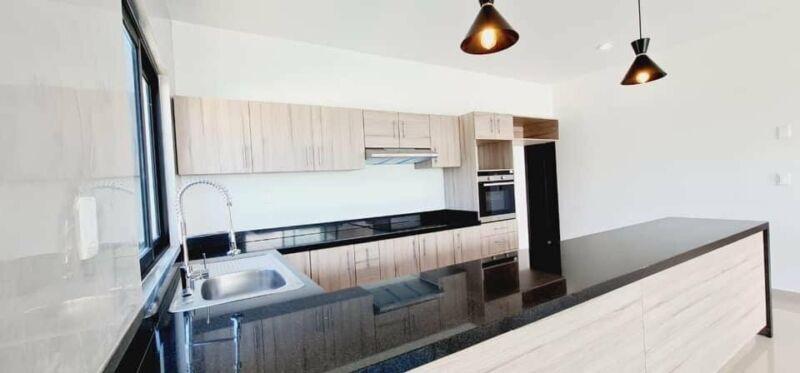 Residéncial en venta de un solo nivel en Grand Pedregal Berriozabal
