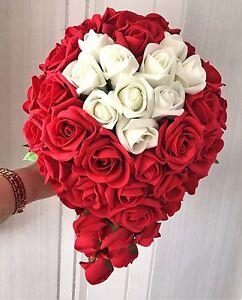 Bouquet Sposa Con Rose Rosse.Spose A Goccia Bouquet Nozze Fiori Rose Rosse Con Inserto Avorio
