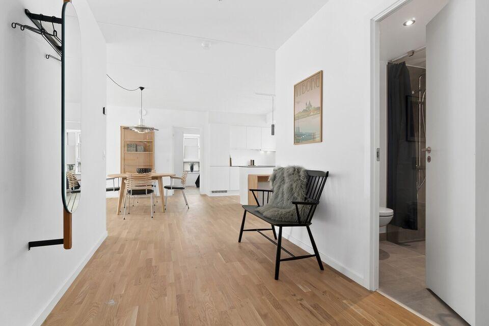 8800 vær. 4 lejlighed, m2 100, Erik Ejegods Vej