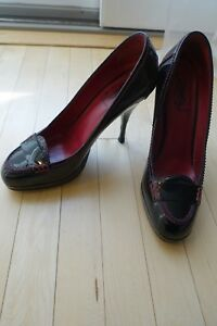 a12045985f7 YSL Yves Saint Laurent Preppy Pumps Black Patent Leather High Heels ...