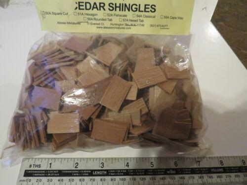 1//12th DOLLS HOUSE miniatura Cedar TEGOLE TEGOLE circa 18mm x 30mm