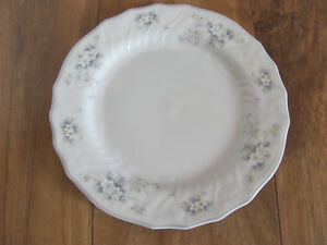 Royal-Doulton-Lausanne-White-Flowers-Moselle-Collection-Bread-Plate-s-5-Avail