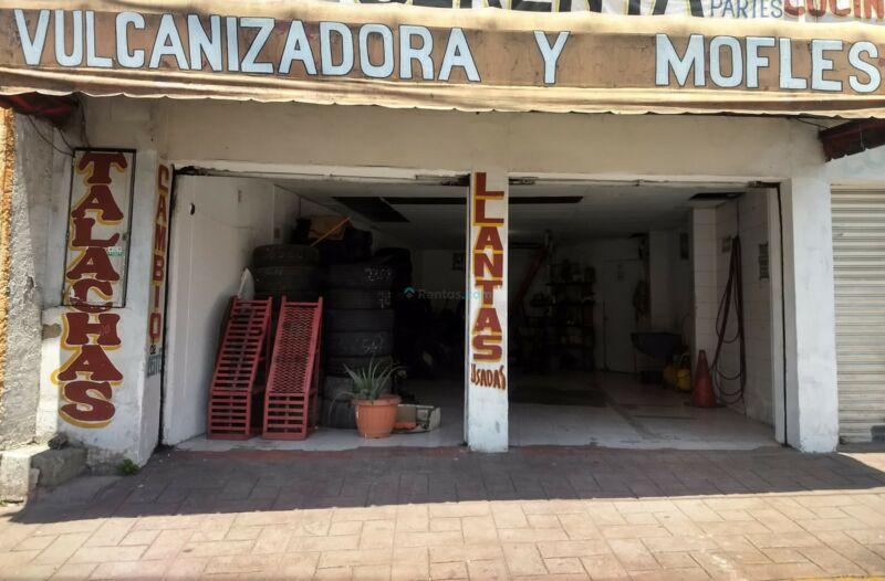 Se renta local en Av. Castorena, Cuajimalpa