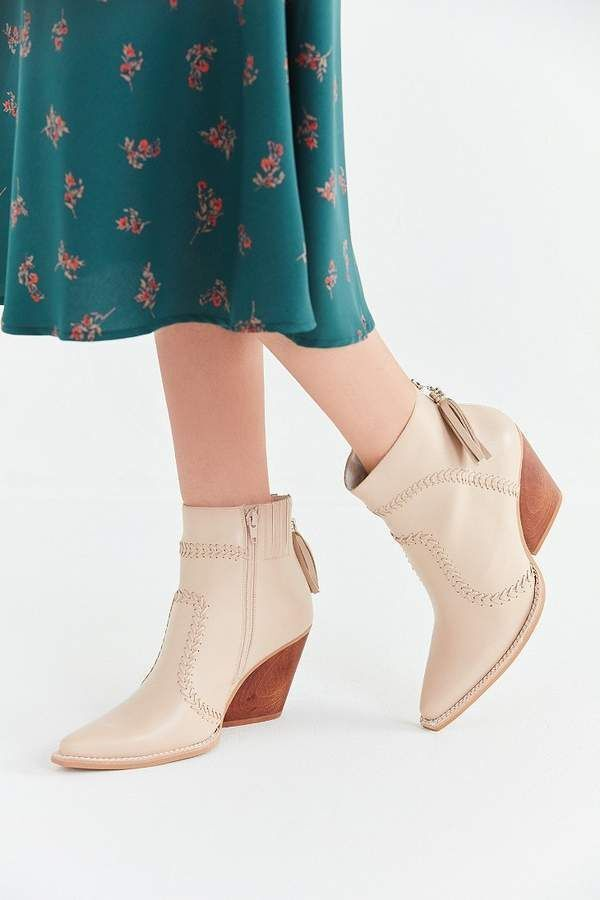 ordinare on-line Jeffrey Campbell Beowulf Ankle stivali Whip Stitch Western Nude Nude Nude Leather Sz 9.5 New  salutare