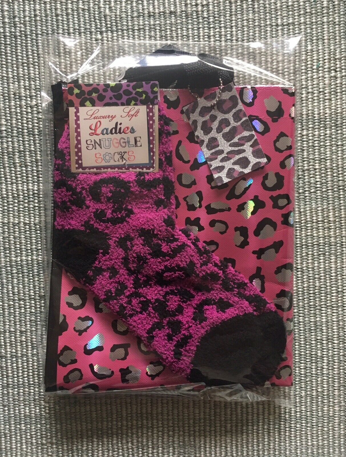 Retro rockabilly Pink Leopard Print Tote Bag +fluffy Lounge Socks 2pc Gift Set