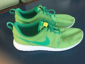 reputable site ac629 49e15 Image is loading NIKE-Roshe-One-Premium-green-walking-sneakers-REMOVABLE-