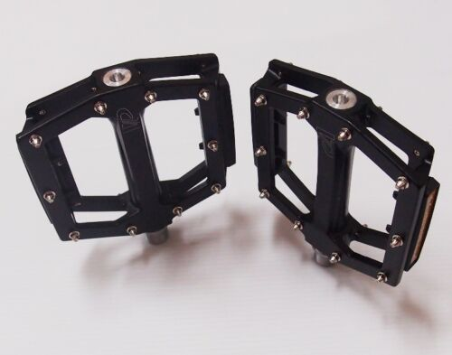VP-531 BMX//MTB//ATB//CITY Wide Pedal//CNC CrMo Sealed Ball Bearing w//Reflector 410g