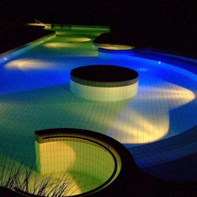 LED Schwimmbad Pool-Beleuchtung Lampe PAR56 Unterwasser-Scheinwerfer RGB 558 LED