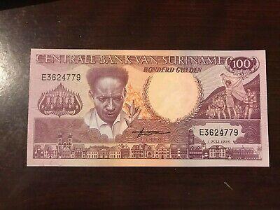 SURINAME Prefix E    P  133a  Uncirculated Banknotes 100  GULDEN   1986