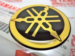 YAMAHA GENUINE 40mm TUNING FORK GOLD  BLACK GEL DECAL STICKER BADGE UK STOCK - Maidstone, Kent, United Kingdom - YAMAHA GENUINE 40mm TUNING FORK GOLD  BLACK GEL DECAL STICKER BADGE UK STOCK - Maidstone, Kent, United Kingdom