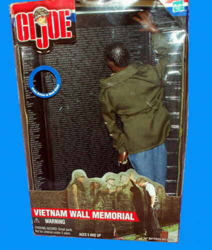 "2000 GI Joe Lighted Vietnam Wall Memorial 12/"" Action Figure Ethnic"