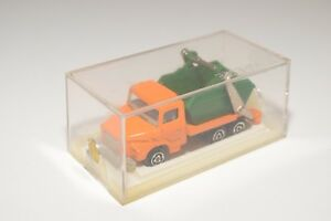 B-MAJORETTE-222-SCANIA-TRUCK-CAMION-WITH-CONTAINER-ORANGE-MINT-BOXED