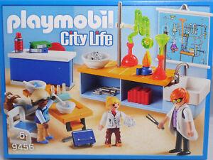 PLAYMOBIL-9456-Chemieunterricht-Bunsenbrenner-Labortisch-Lehrer-2-Kinder-NEU