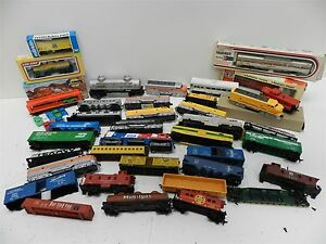 Huge-Assorted-Lot-of-35-034-HO-034-Scale-Gauge-Model-Train-Engines-amp-Cars