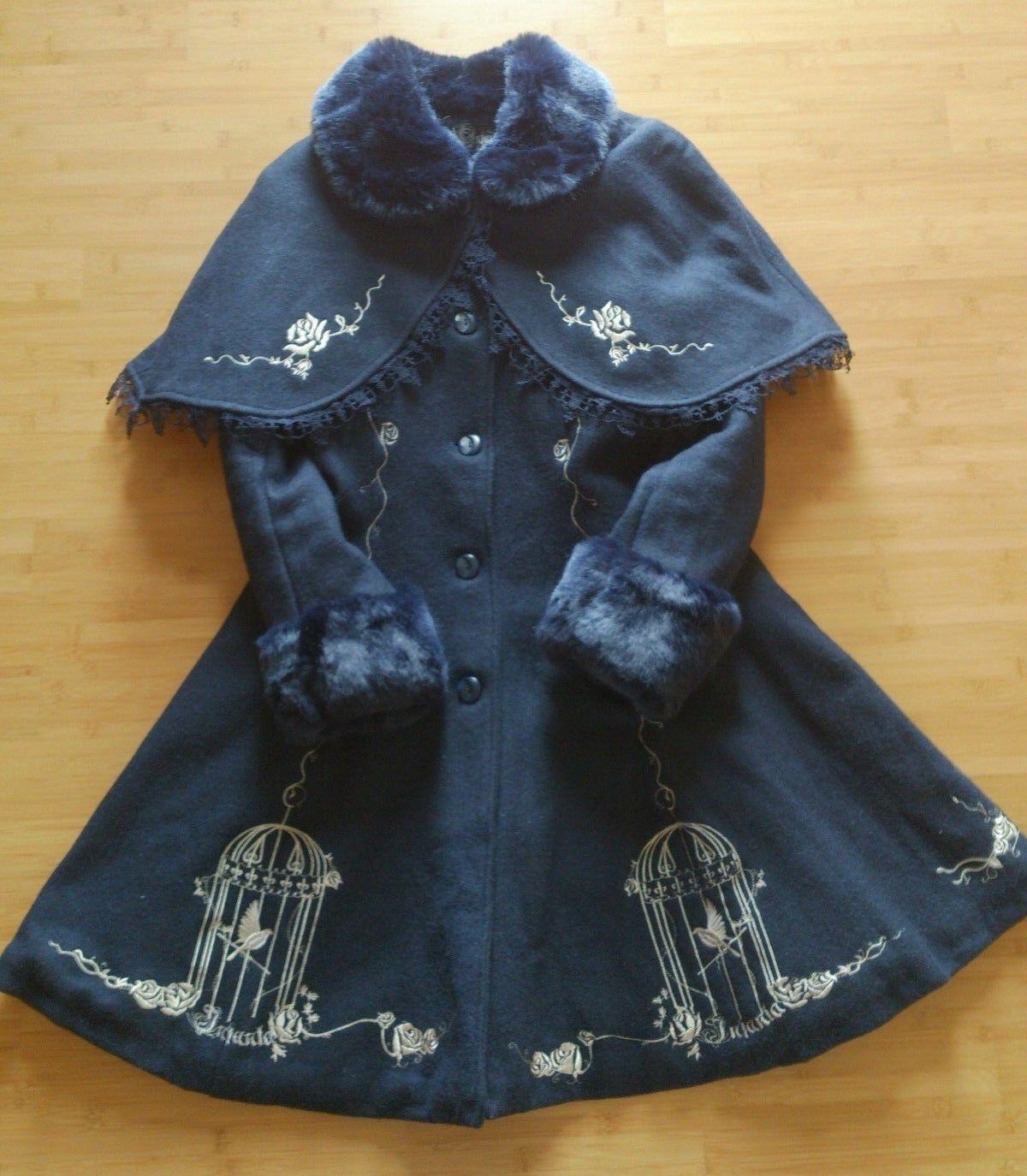 Infanta Lolita Wintermantel Wintermantel Wintermantel dunkelblau mit Cape Größe M (Cosplay) | Ausreichende Versorgung  9f56b7