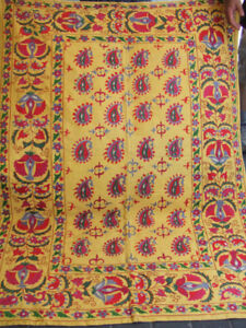 Friendly Antique Uzbek Silk Hand Made 66.5x48.4-inches Embroidered Suzani 169x123-cm