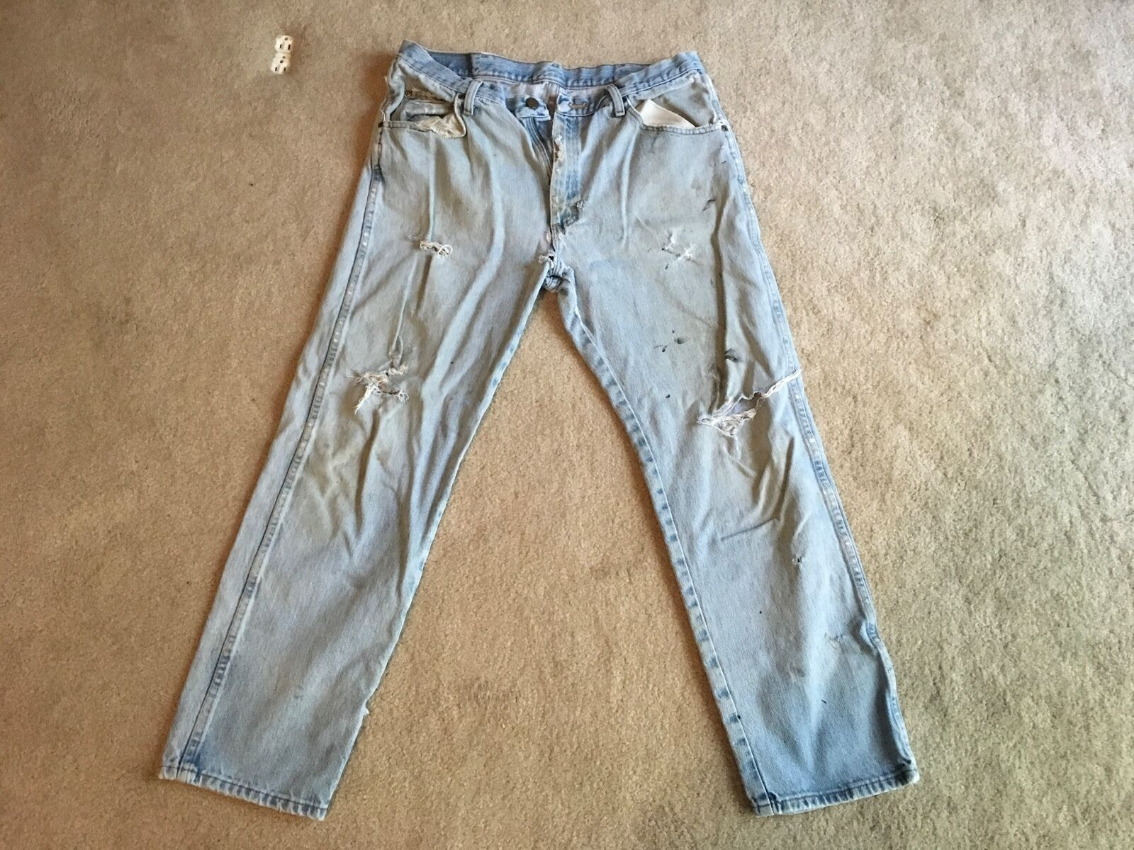 Naturally weathered comfort fit denim jeans 36X30...100% authentic americanna