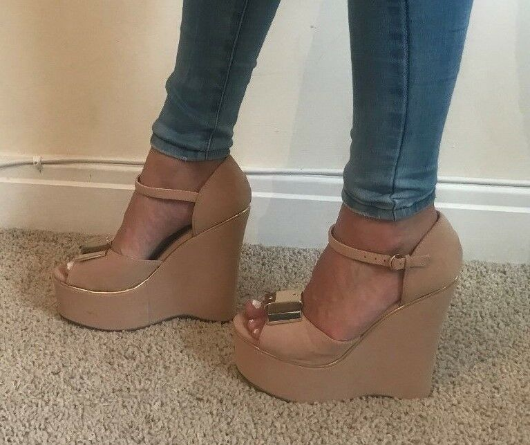 Double Take Thick Nude Gold Detailing Chunky Wedges Heels Shoes Sandals NEW