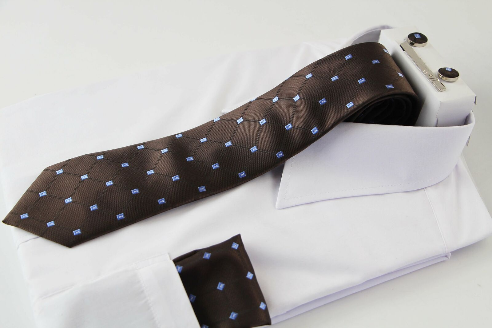 Mens Brown Diamond Matching Neck Tie, Pocket Square, Cuff Links And Tie Clip Set