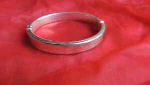 Beautiful-Vintage-Sterling-Silver-Bracelet-Bangle