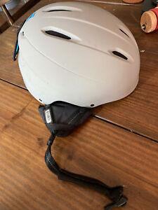 giro ski helmet medium
