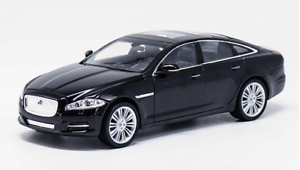 WELLY FX 1 24 alloy model, 2010 jaguar XJ car door can open collect gifts