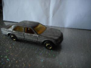 HOT-WHEELS-vintage-modellino-auto-1981-MERCEDES-380-SEL-die-cast-model