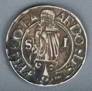 BOHEMIA-SCHLICK-1520-1526-ND-HALF-TALER-RARE-TYPE-TOP-QUALITY