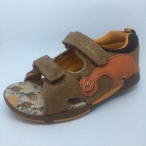 046b05ecda7 Image is loading Clarks-Kids-Sandals-Size-5G-Brand-New