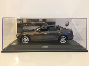 Maserati-Ghibli-2013-Echelle-1-43-Neuf