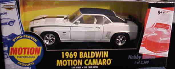 1969 Camaro Baldwin Motion blancoo 1 2500 1 18 Ertl American Muscle 33088