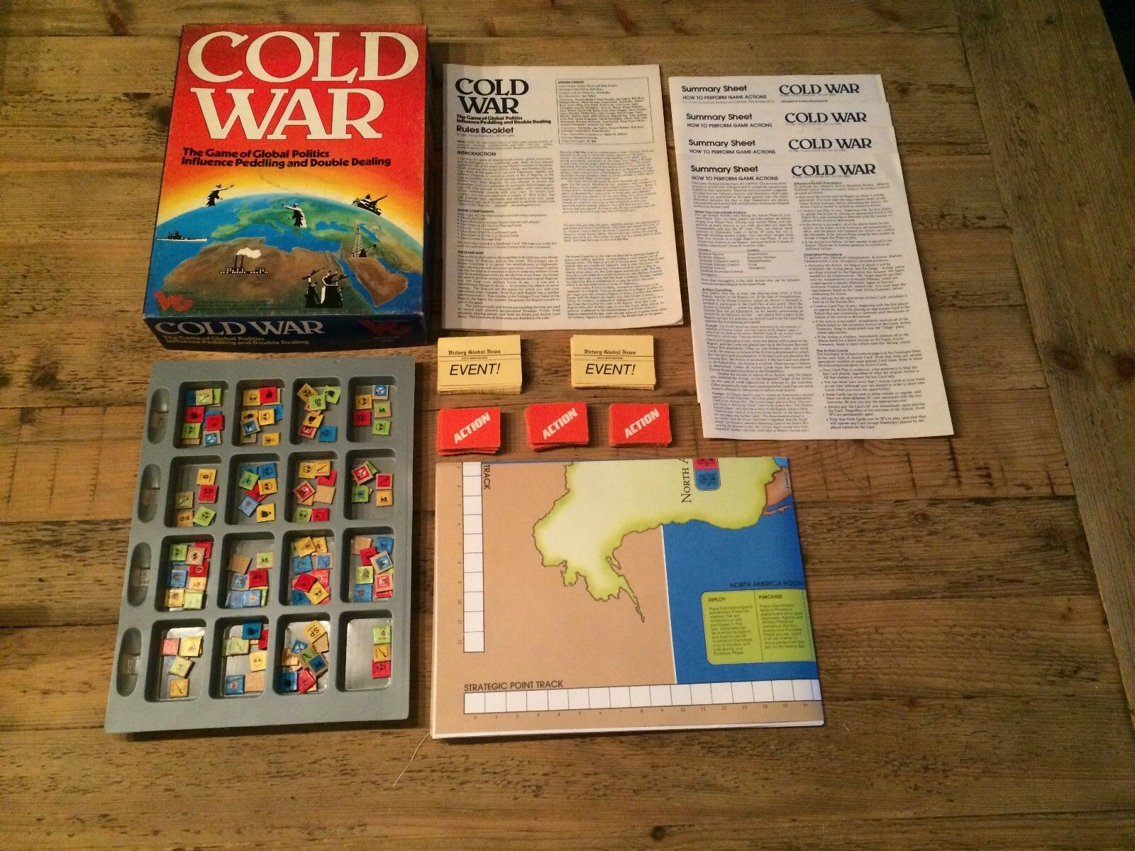Cold War (The game of global politics) by Victory Games, boardgame