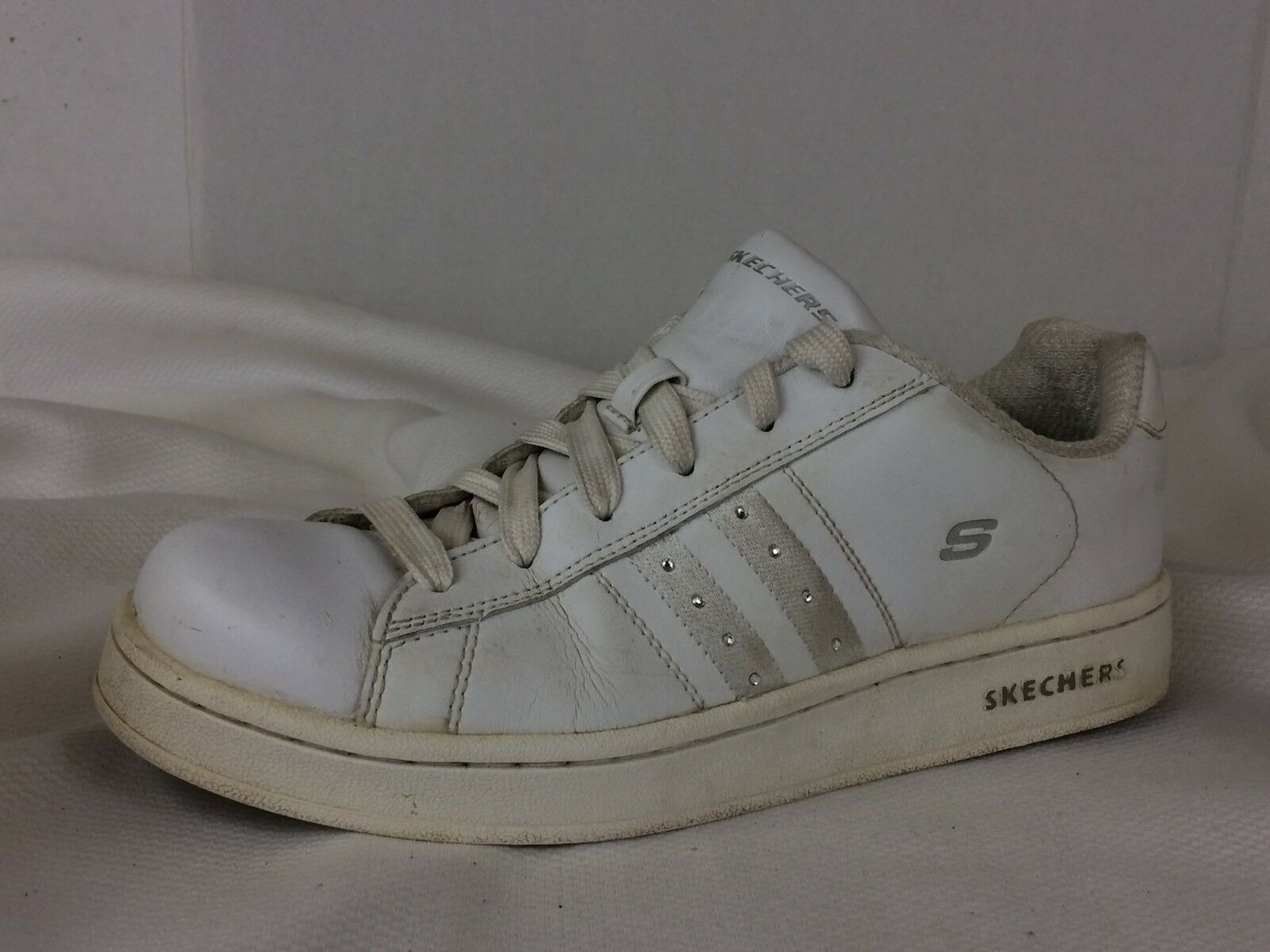 Skechers 21707 Classic Sneaker White Casual Shoes Womens 9 M Leather Rhinestones